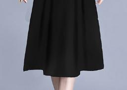 无意中发现这秋裙,一件比一件美,适合60后女人穿,高贵超嫩美
